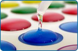 Adesivi resinate ed etichette resinate
